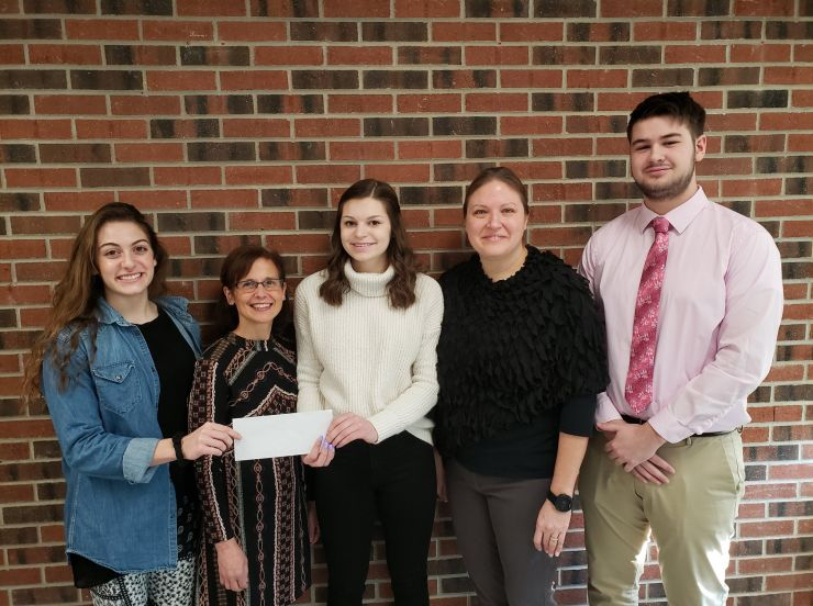 Students Receive Grant