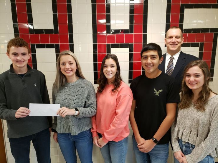 HHS Student Receive Grant
